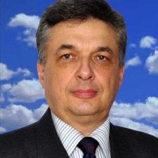 Nedelcut-Florin_UVS-Romania_RO_RVB_4,75x6,55cm_300dpi+ciel